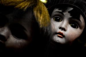 Vintage Dolls: Runaways
